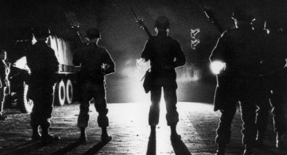 Tropas nacionais em Orangeburg, Carolina do Sul, fevereiro de 1968. Fotografia de Bill Barley.