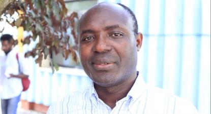 Rafael Marques é um jornalista de investigação e ativista angolano, conhecido pelos seus relatos sobre a indústria de diamantes e a corrupção no governo de Angola.