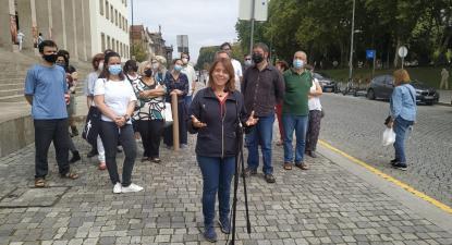 Catarina Martins na entrega da candidatura do Bloco de Esquerda ao município do Porto – Foto de Marco Mendonça