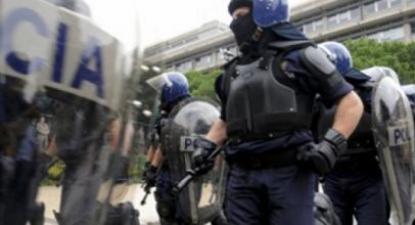 Agentes da PSP. Foto da CGTP.