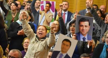 protesto pela libertação dos deputados do HDP