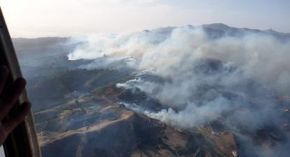 Vista aérea do fogo em Gran Canaria a 19 de agosto de 2019. Foto: BRIF AT Brif/EPA/Lusa.