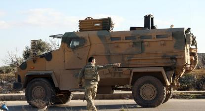 Coluna militar turca em Idlib na Síria. Fevereiro de 2020.