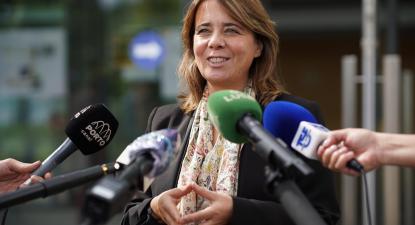 Catarina Martins em declarações aos jornalistas após uma visita ao Instituto de Investigação em Ciências da Vida e Saúde da Universidade do Minho.