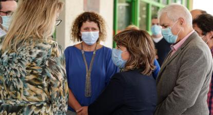 Catarina Martins durante o encontro com o conselho de administração do Centro Hospitalar Universitário do Algarve, Portimão