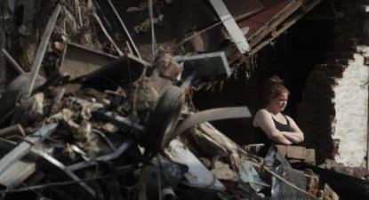 Escombros das cheias na Bélgica. Foto de STEPHANIE LECOCQ/EPA/Lusa.