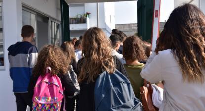"""Será que os """"alunos de etnia cigana"""" consubstanciam um grupo merecedor de uma atenção distinta ou, mesmo, distinto? - foto de Paulete Matos"""