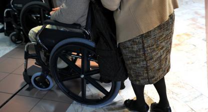 É tempo de reconhecer o valor do cuidador informal!
