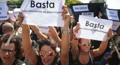 Manifestação de enfermeiras enfeiros em Lisboa, 15 de setembro de 2017 - Foto de Tiago Petinga