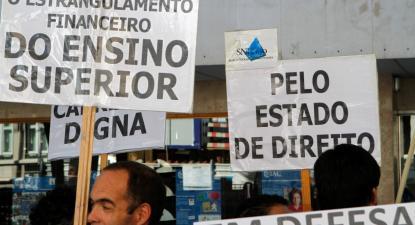 """""""É incompreensível que o dinheiro que estava orçamentado não tenha sido gasto"""", criticou Mariana Gaio Alves."""