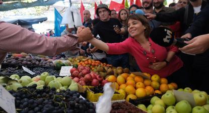 Catarina Martins visitou esta segunda-feira a Feira de Espinho. Foto de Paula Nunes.