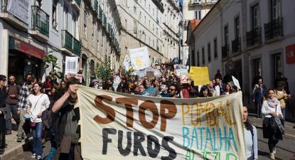 """""""Stop Furos"""", manifestação em Lisboa - Foto Climaximo"""