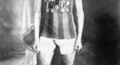 Francisco Lázaro era uma esperança para a medalha na maratona em 1912. Morreu por insolação aos 30km. Autor desconhecido. Imagem em Domínio público, https://commons.wikimedia.org/w/index.php?curid=4403907