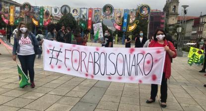 #ForaBolsonaro: mais de 80 pessoas na concentração em Braga