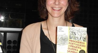 """""""A decisão de entrar na guerra teve como objetivo ganhar dinheiro"""", diz Maria José Oliveira"""