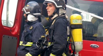 Os bombeiros profissionais exigem também o direito à pré-reforma equiparada às forças de segurança.
