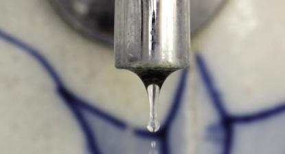 Em sete concelhos do Alto Minho, as populações protestaram contra o aumento dos preços da água e o mau serviço prestado pela empresa AdAM, que começou a operar em janeiro passado
