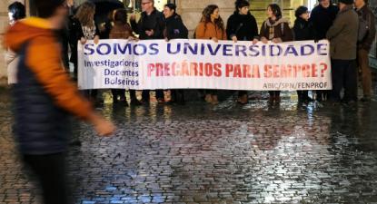 Concentração de bolseiros e investigadores da Universidade do Porto, 22 de novembro de 2019 – Foto de Fernando Veludo/Lusa