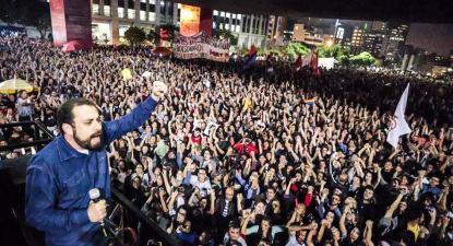 """Na primeira entrevista que deu ao Jornal Nacional, após as eleições, atacou o líder do MTST e a """"cúpula do PT e do PSOL"""". Foto: Mídia Ninja"""