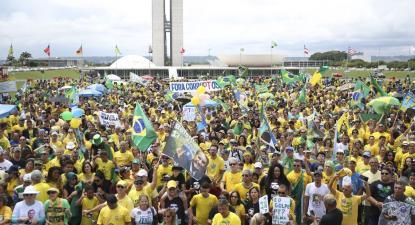 Manifestação pró-Bolsonaro. Foto José Cruz, Agência Brasil