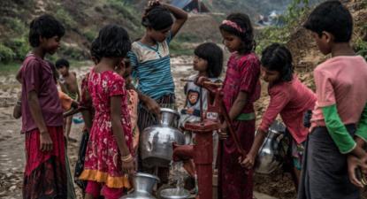 Grupo de jovens Rohingya no Bangladesh – Foto de Aurélie Marrier d'Unienville/Oxfam