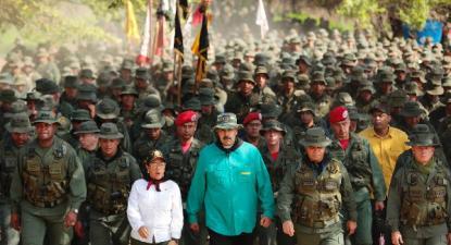 Maduro marchou com os militares após o falhanço da tentiva de