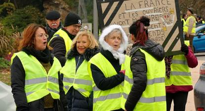 """""""Coletes amarelos"""" - protesto em 17 de novembro em Belfort - Foto wikimedia"""