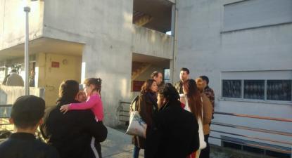 A deputada bloquista Maria Manuel Rola visitou o bairrou social de Darque, Viana do Castelo, acompanhada pelo deputado municipal bloquista Jorge Teixeira