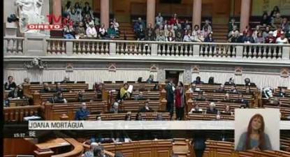 """Joana Mortágua: """"Combater precariedade é cumprir os direitos de todos os trabalhadores"""""""
