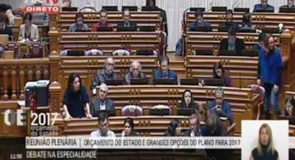 """Joana Mortágua: """"Medidas de elementar justiça para a educação das crianças"""""""