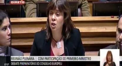 """""""Portugal tem de deixar de esperar e assumir a necessidade de restruturar a dívida"""""""