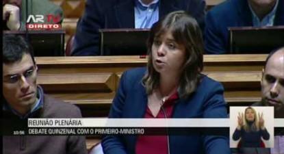 """Catarina Martins: """"É um erro permitir o furo offshore de exploração de petróleo em Aljezur"""""""