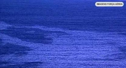 Mancha de poluição marítima a noroeste de Portugal Continental