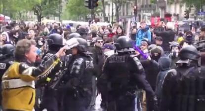 """Paris : le """"Front Social"""" organise un 3e tour contre Macron"""