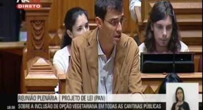 "Jorge: ""Não existe nenhum motivo para que as cantinas publicas não possam ter a opção vegetariana"""