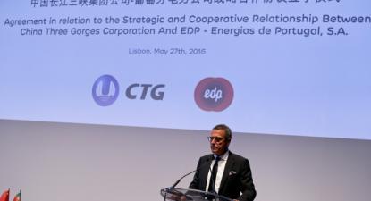 António Mexia, presidente da EDP, falando na cerimónia de assinatura de um acordo de cooperação com a China Three Gorges, Lisboa, 27 de maio de 2016 – Foto de António Cotrim/Lusa
