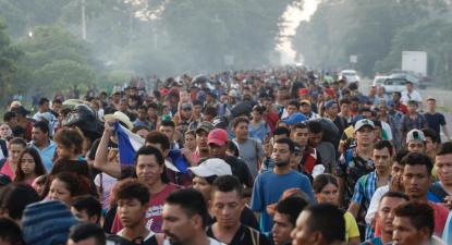 México atribui autorizações de residência temporárias a caravana de migrantes