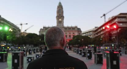 Ação de protesto da Associação Portuguesa de Serviços Técnicos para Eventos, Avenida dos Aliados, Porto, 8 de setembro de 2020. Foto de JOSÉ COELHO/LUSA.