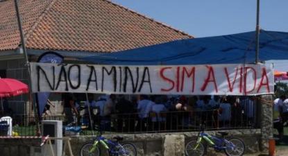 """""""Não à Mina, Sim à Vida"""" - Foto de Almocreve Bio Portugal Português na página do Facebook Foto de Almocreve Bio Portugal Português na página do Facebook"""