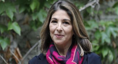 Naomi Klein está em Barcelona para lançar o seu último livro e participará num ato público de apoio a Ada Colau - Foto de Andreu Dalmau/Epa/Lusa