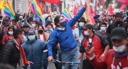 Yaku Pérez, do movimento político indígena Pachakutik na marcha de protesto - foto do twitter do movimento