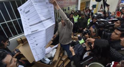 Acusações de fraude eleitoral geram confrontos na Bolívia