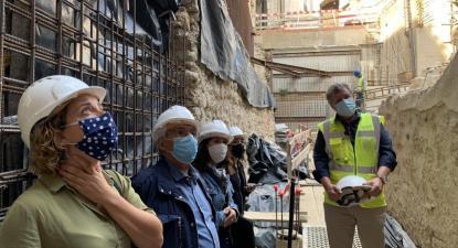 Sara Brito (Sindicato dos Arqueólogos), Fernando Rosas, Alexandra Vieira e Isabel Pires com o subdiretor da DGPC, João Carlos Santos.