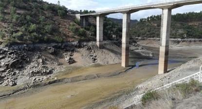 Portugal e Espanha não comunicaram o que estava a acontecer no Tejo