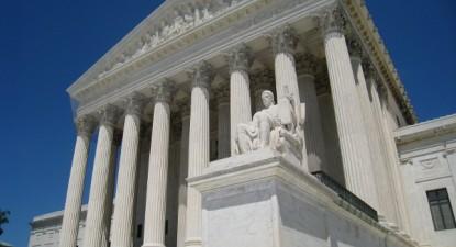 Decisão do Supremo Tribunal constitui uma vitória de Donald Trump e é interpretada como o resultado da nomeação de Neil Gorsuch para o tribunal pelo atual presidente norte-americano