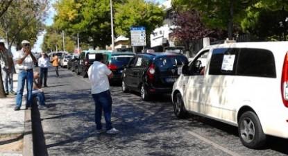 Protesto dos taxistas em Lisboa. Foto de Helena Figueiredo