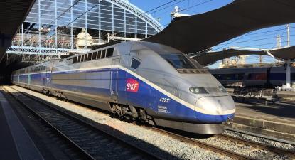 A Áustria introduziu a proibição de voos domésticos com alternativa de viagens de comboio de até três horas.