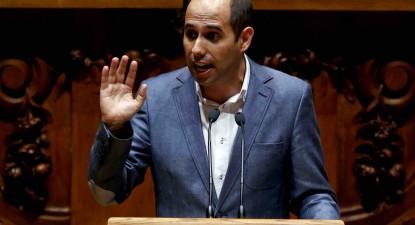 Pedro Filipe Soares intervém no primeiro dia do debate na especialidade do Orçamento do Estado.
