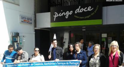 Pingo Doce tem lucros milionários, trabalhadores dos armazéns lutam por aumento salarial de 3 euros por dia – Foto da CGTP
