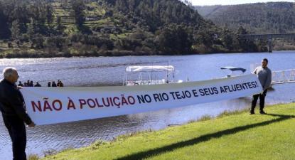 """""""Não à poluição no rio Tejo e seus afluentes"""". Fonte: Movimento proTejo."""